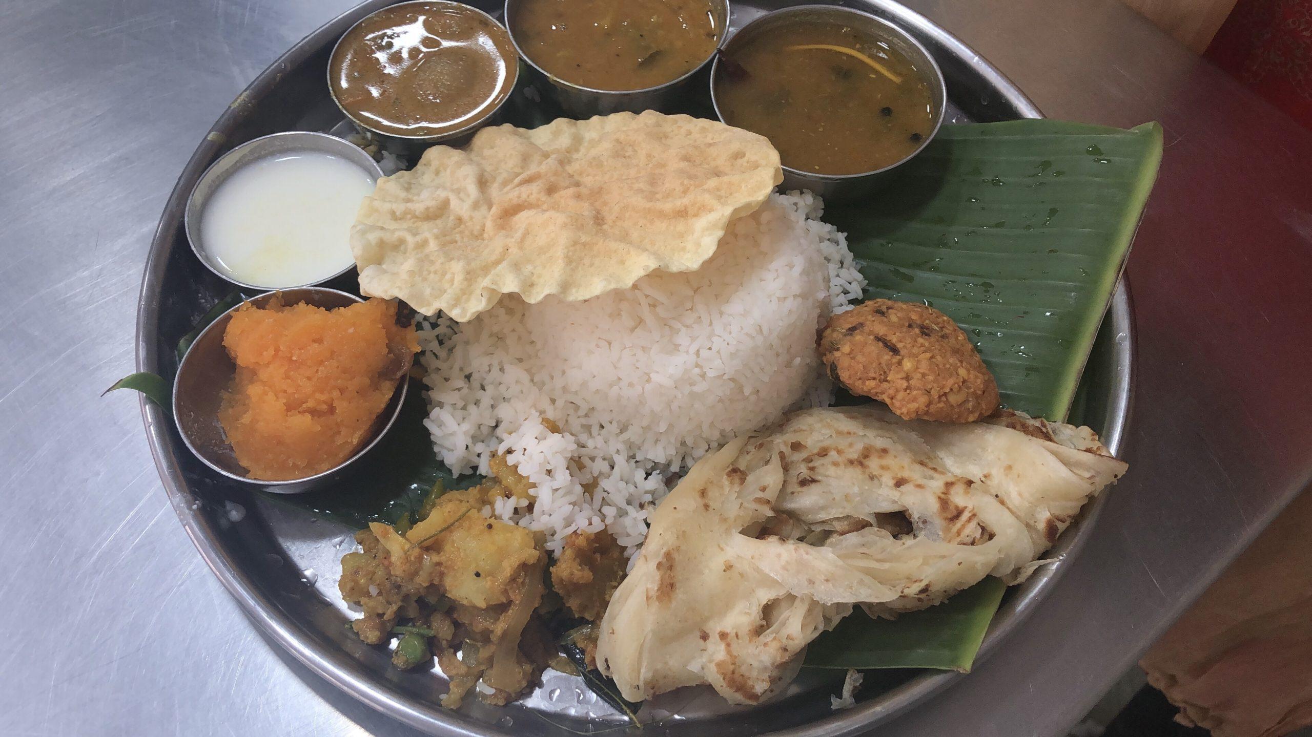 インド バンガロール 食事 カレー