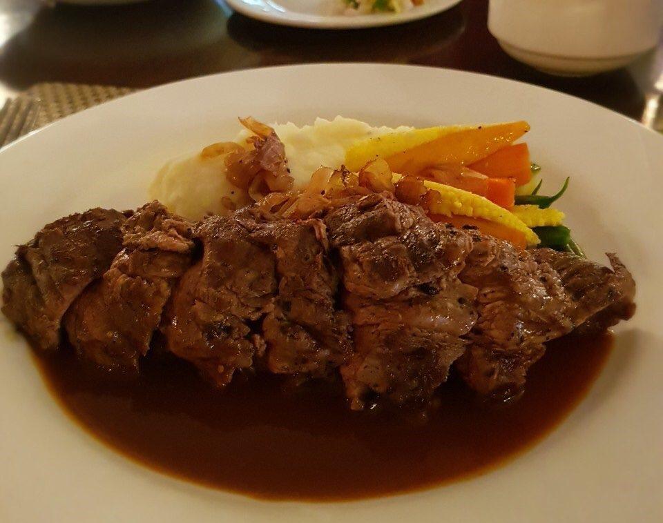 インド バンガロール 牛肉 ステーキ シャトーブリアン