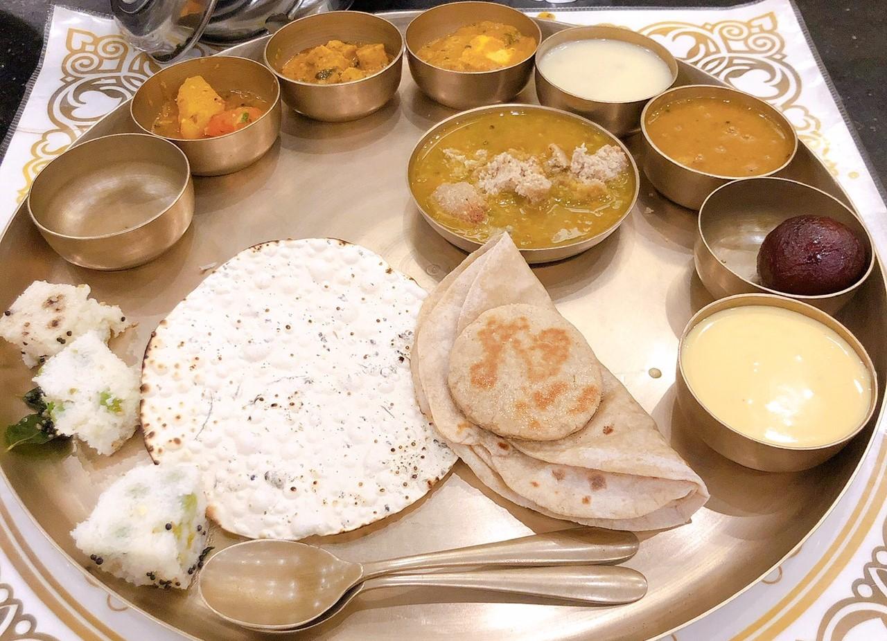 インド グジャラート 食事